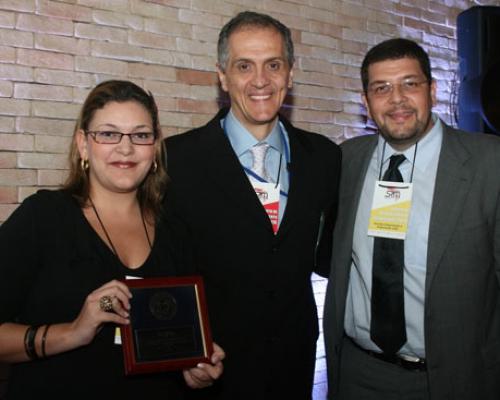 Prêmio Johnson e Johnson 2011 – Premiado na categoria Commitment pelo ano de 2010